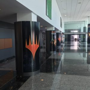 Magic_columns_hallway_all