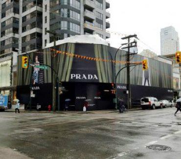 prada-hoarding